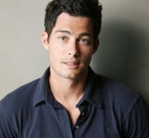 Brian Hallisay Bio | Wiki | Married | Net worth |  Height | Age | Wife | Kid