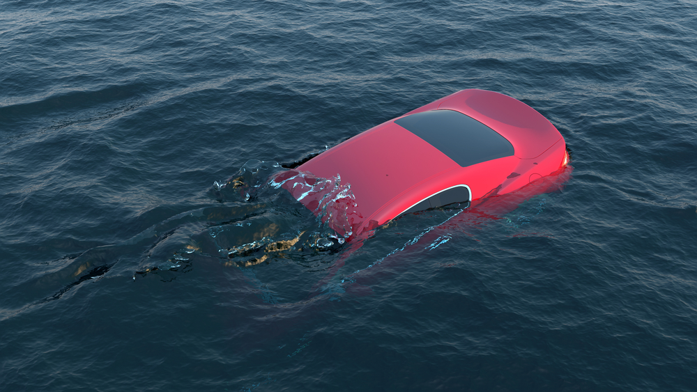 Do You Know What To Do If You Are In A Car Sinking In Water
