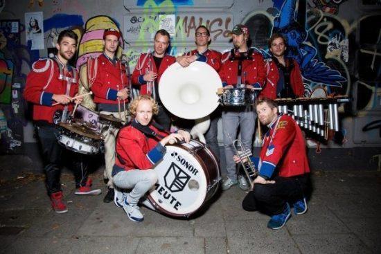 "Kultursommer 2016: Marching Band ""Meute"" live auf KWP-Bühne"