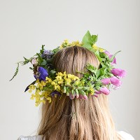 Make simple, one-of-a-kind, Flower Crowns