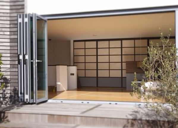 windows-direct-london-bi-fold-door3