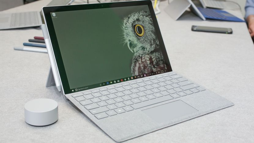 Microsoft is closing its Windows Support and Surface Support Twitter