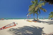 5_Sportif_Travel_Cabarete_windsurf_holiday_lessons_instruction_Beach_800x533