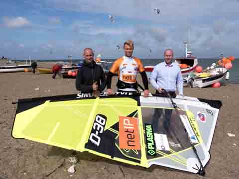 Mike Overgaard (right) from netIP, the new Cold Hawaii PWA World Cup title sponsor, Kenneth Danielsen, D38 (middle) and event manager, Robert Sand on the beach in Klitmøller, Cold Hawaii.