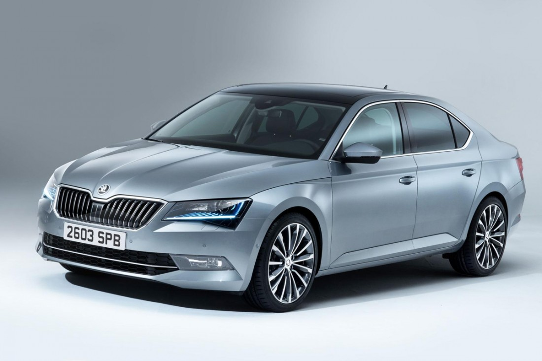 Skoda superb estate 1 4 tsi review autocar - Skoda Superb Hatch Se L Executive 2 0 Tsi 220 Review 2015