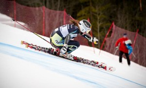 Lotte_Smiseth_Sejersted_women's_giant_slalom_Norway_2011_(jump)