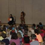 WSBT-TV's Krisin Bien reads to Knox Elementary School students.