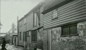 Georges Yard, Braintree