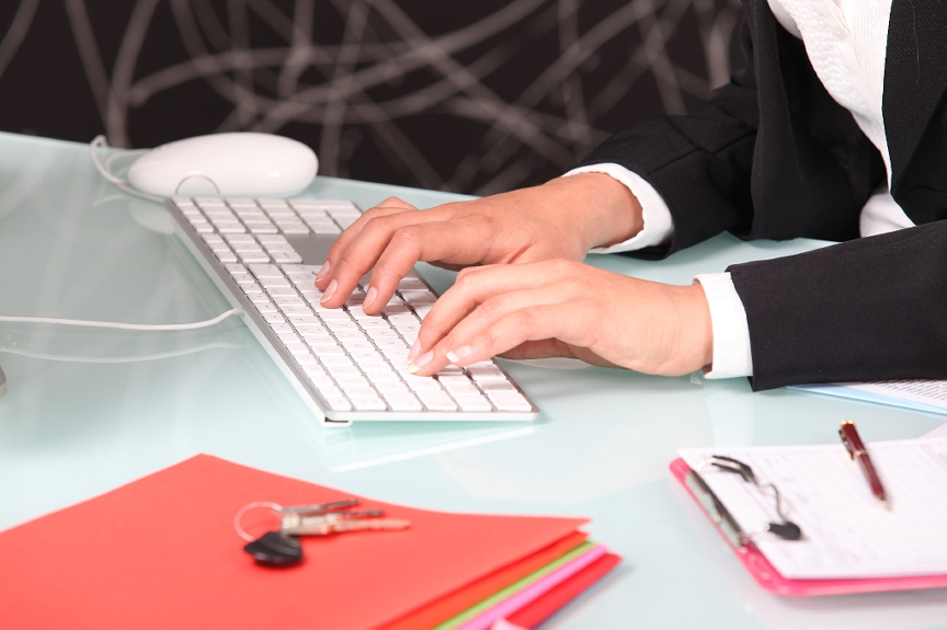 Time to Hire a Professional Blogger for Your Company Blog