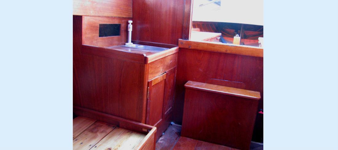 Wooden Sail Classics Winga Mahogany Classic Coastal