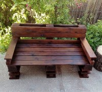 Garden Bench Made with Reused Wood Pallets | Wood Pallet ...