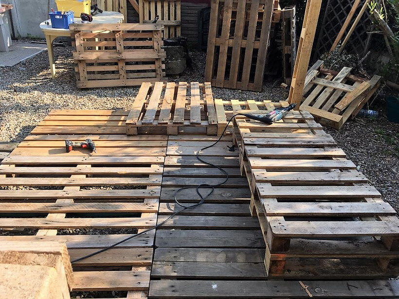 Diy Wood Pallets Patio Gazebo Deck With Furniture Plan