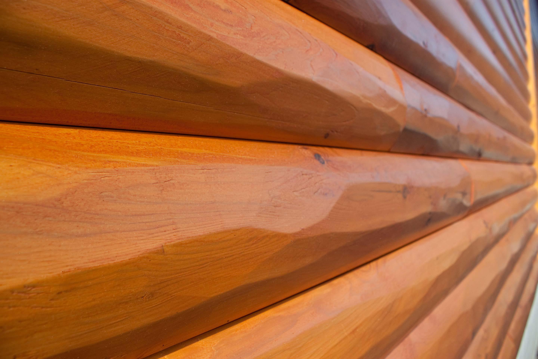 Log siding_hewn_cedar