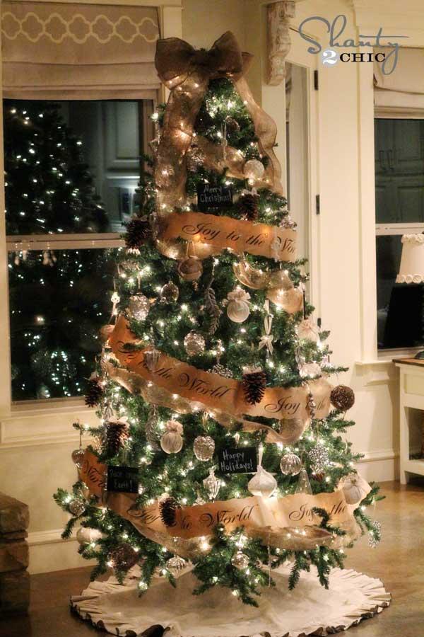 25 Creative and Beautiful Christmas Tree Decorating Ideas - Amazing