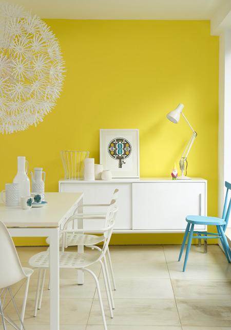 Het woonschrift de psychologie van kleur in het interieur for Interieur geel