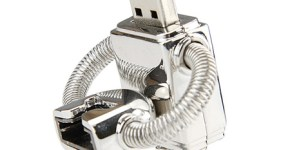 robot-usb-drive2-thumb-450x337-1