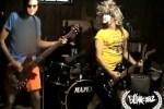 Blink-182-video-fans-Up-All-Night_thumb.jpg