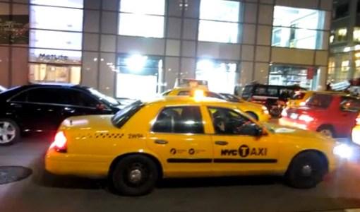 27-02-2013 Policia de Nueva York taxis