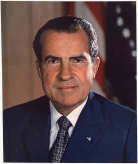 Richard_M._Nixon,_ca._1935_-_1982_-_NARA_-_530679