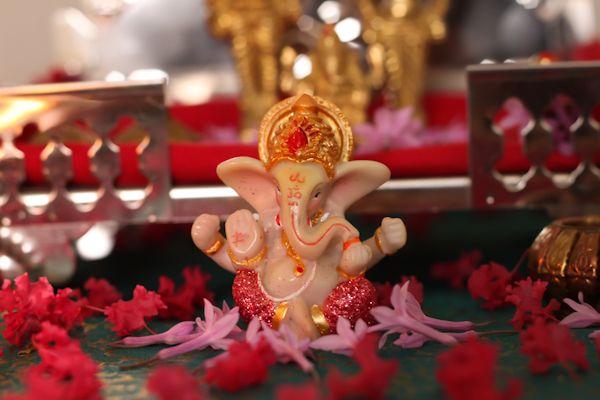 Lord Vishnu 3d Wallpapers Hd Happy Ganesh Chaturthi Images Photos Wallpapers Pics