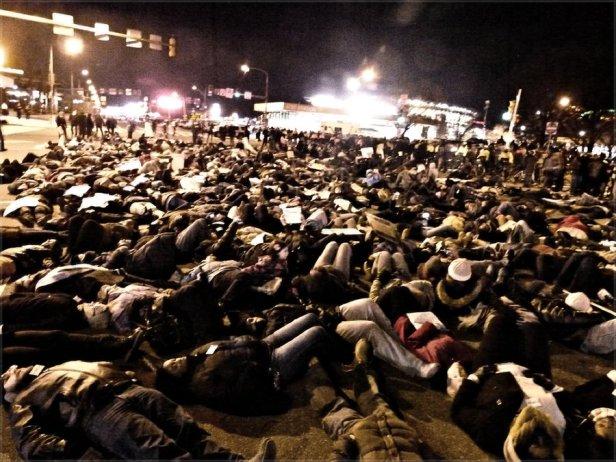 """Hundreds """"die-in"""" in Philadelphia, Dec. 7."""
