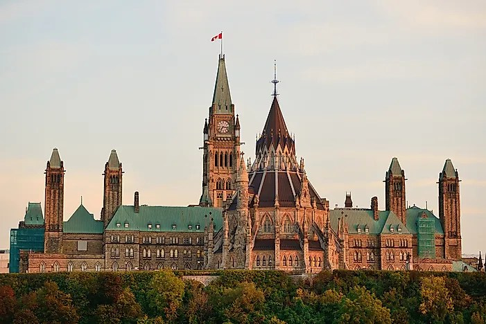 Fall In Central Park Wallpaper Parliament Hill Home Of The Parliament Of Canada