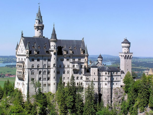 neuschwanstein disney castle