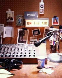 comma_radio_station