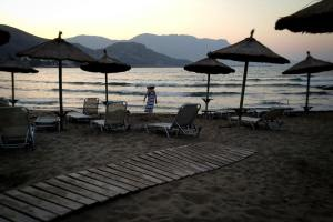 Kissamos beach in the evening, Crete - @World Travel Mama