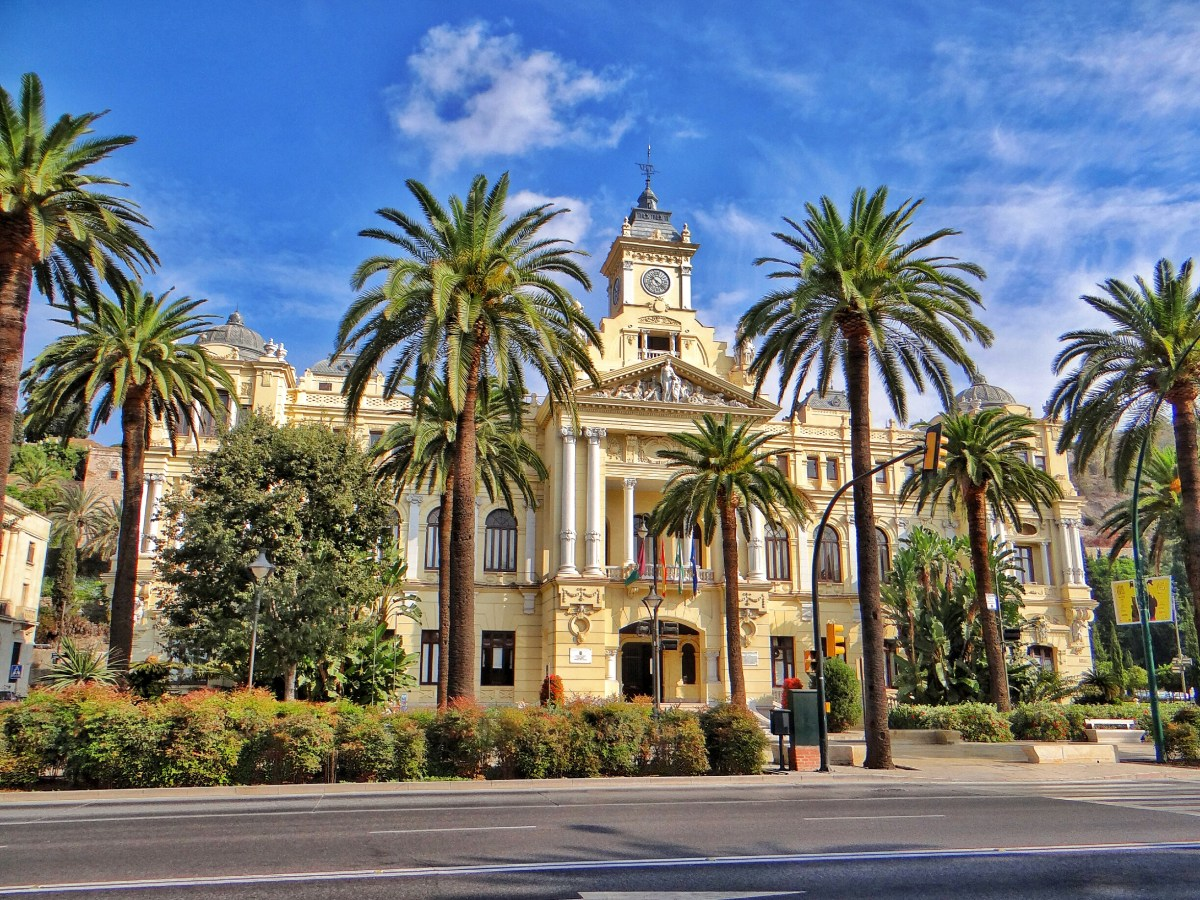 Discover Andalusia from Malaga