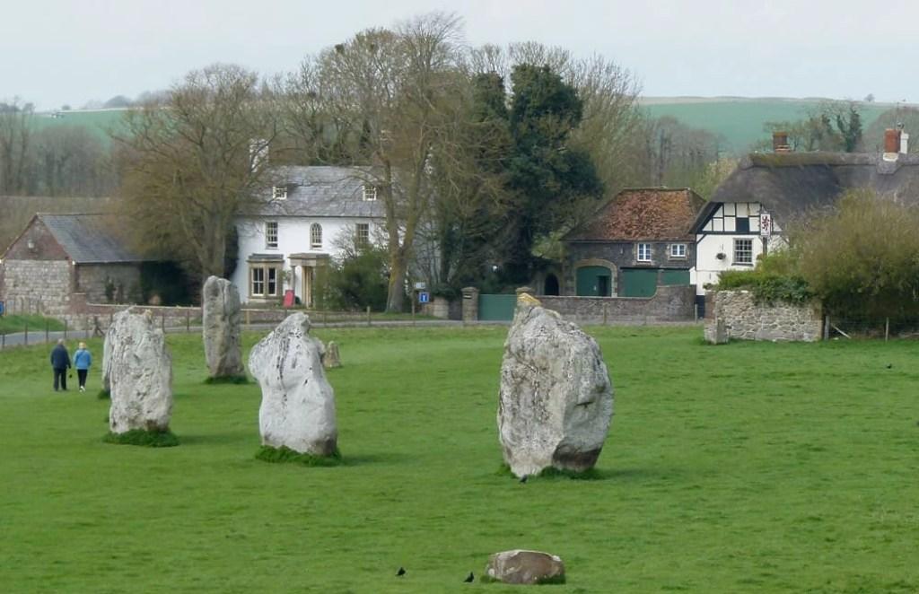 Avebury Stone Circle, Wiltshire - www.worldwidewriter.co.uk