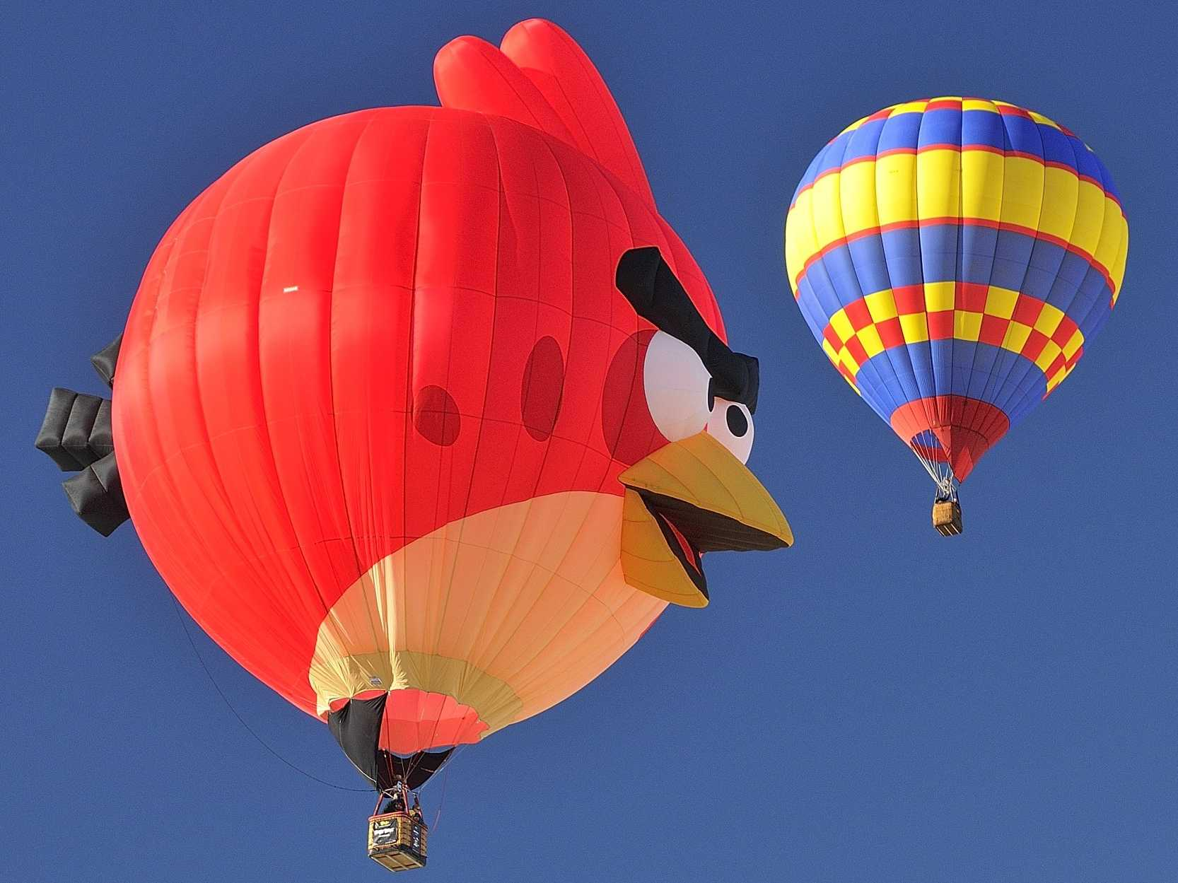 Angry Bird Space Wallpaper 3d The Most Stunning Photos Of Hot Air Balloon Festivals From