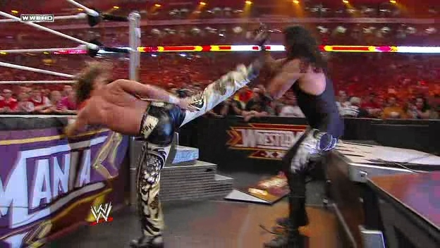 Wrestlemania-26-Screencaps-undertaker-13122340-624-352