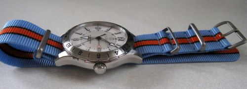 Gulf-Strap-Co-LeMans-01