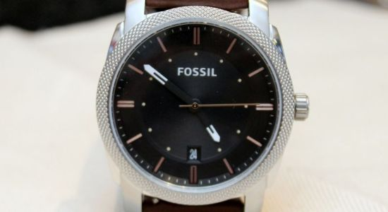 Fossil-Machine-Three-Hander-Featured