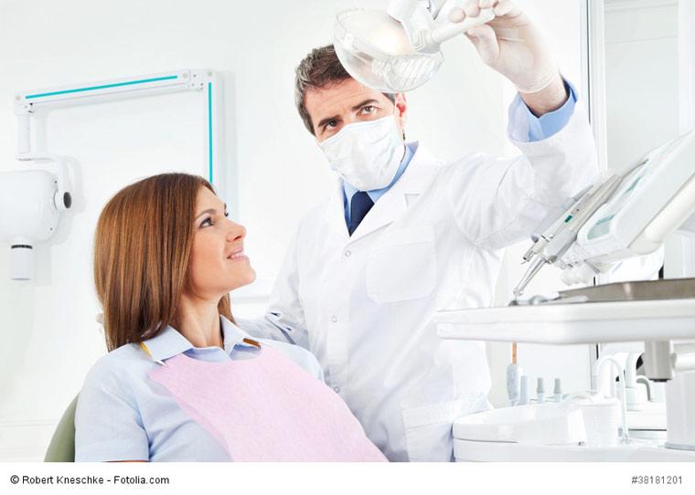 Zahnbehandlung schöne Zähne