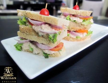 Tuna_Sandwich4
