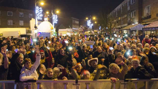 Another great turn out for the lights in Wednesfield!