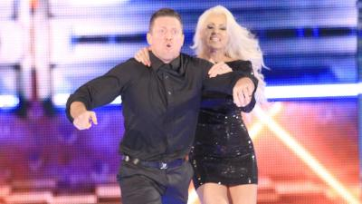 Maryse prevents her husband from getting in a physical altercation with Ziggler.