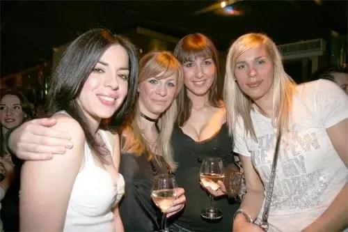 Esthete Girls @ Galaxy Bar Hilton