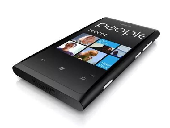 Μεγάλος Διαγωνισμός: Κερδίστε το Nokia Lumia 800!