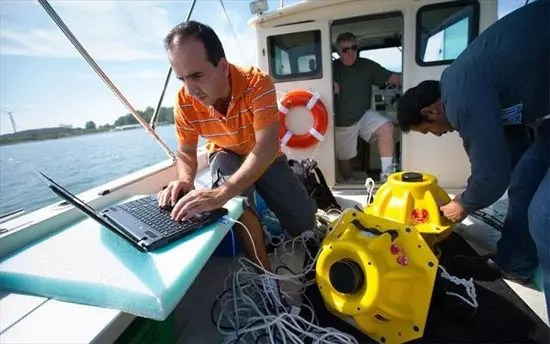 Υποβρύχιο Wi-Fi για υποθαλάσσιο internet