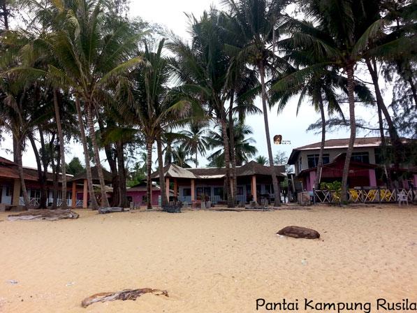 Pantai Kampung Rusila