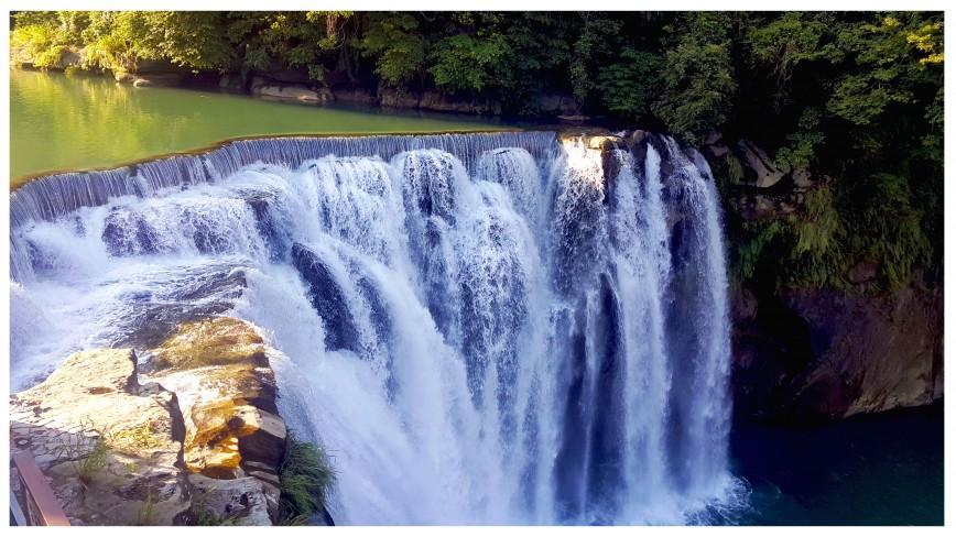 shifen-waterfall-9