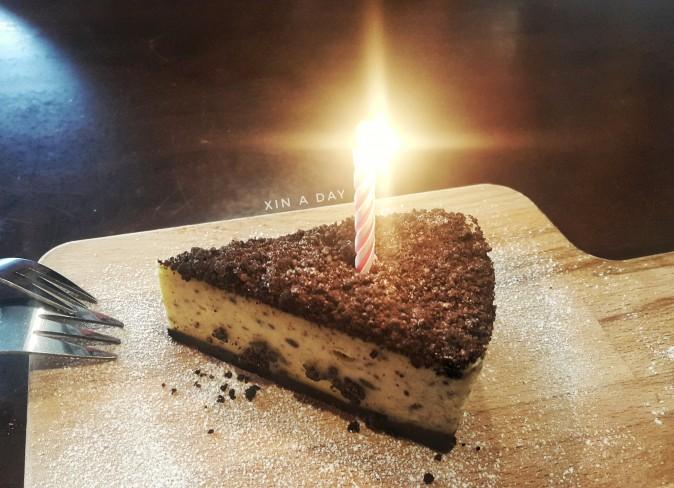 Moments 01 Cafe Oreo Cheesecake