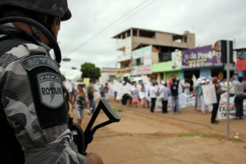 More Amazon pics Belomonte protests