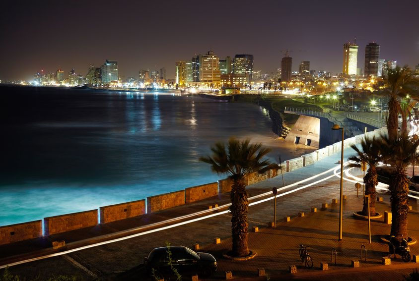 silverjohn-123RF - tel aviv. night view from jaffa