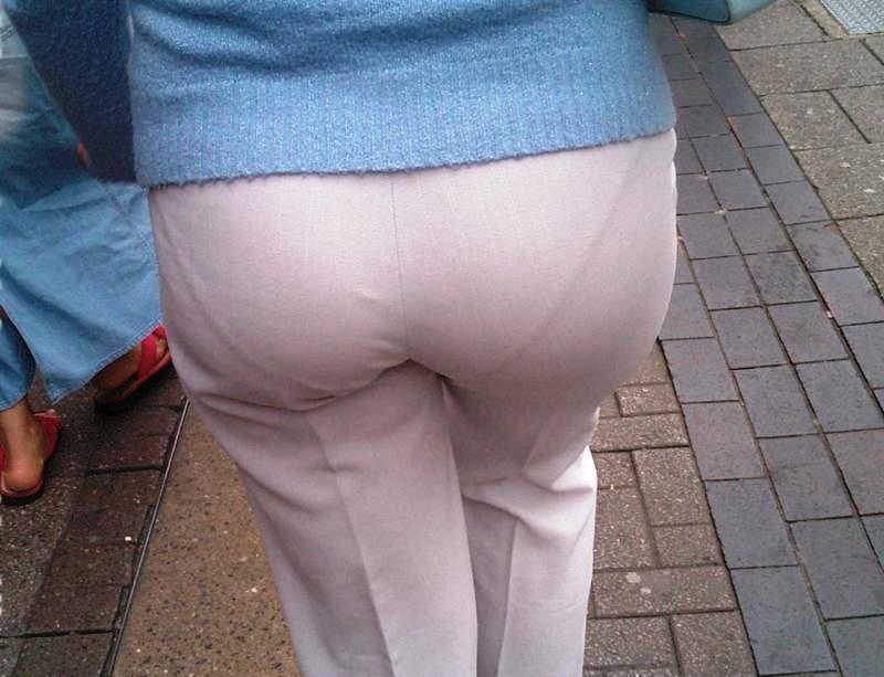 desi aunty boobs