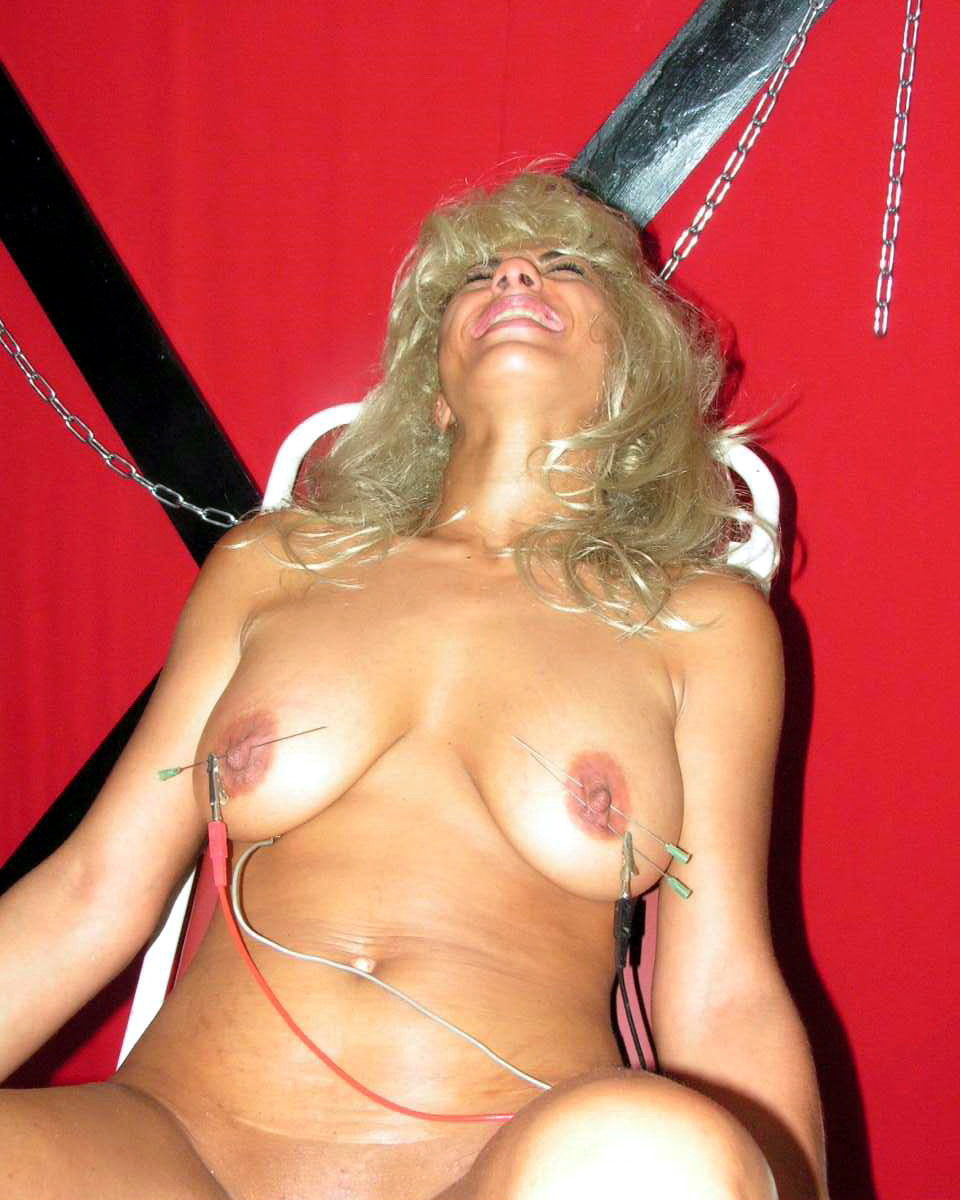 extreme tit whipping