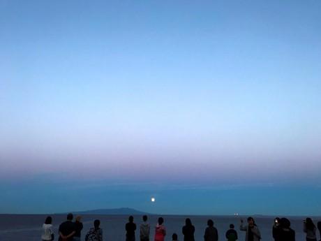 月の出ツアー
